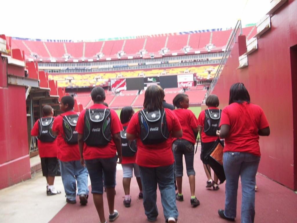 Campers tour Fedex Stadium (2009)